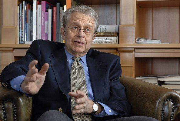 laurence tribe slams trump legal defense