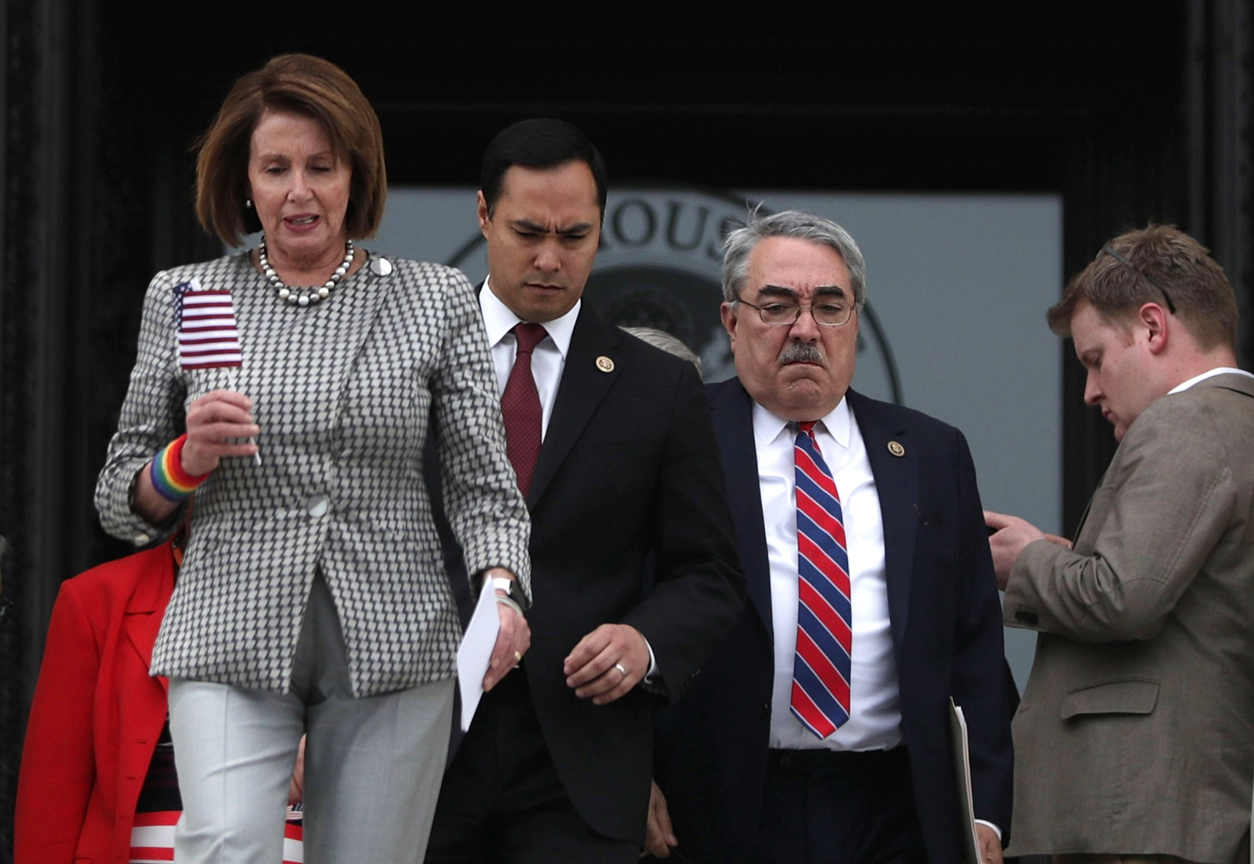 pelosi, castro, democrats, terminate, trump, national, emergency
