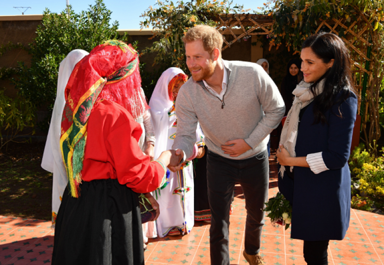 Pictures of Pregnant Meghan Markle and Prince Harry Greeting Children in Morocco and More Photos of Couple's Trip (1341942)