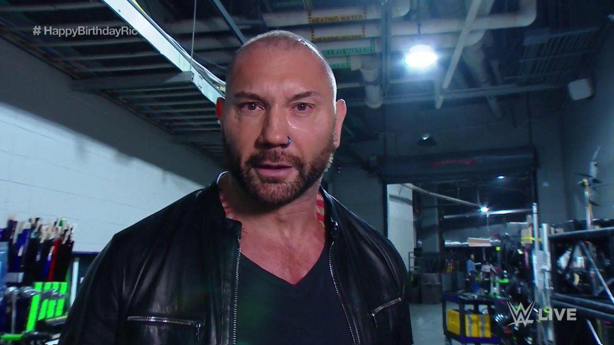 Batista returns to wwe monday night raw ric flair
