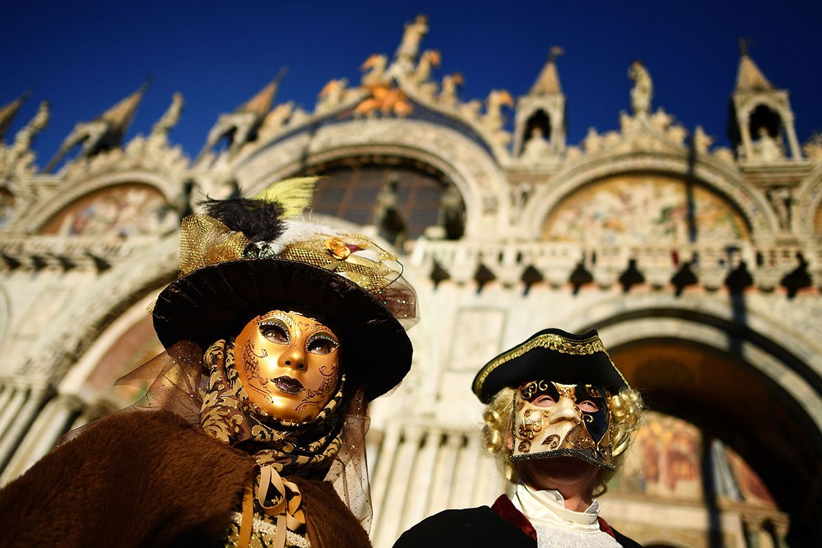 Carnival in Venice 2019 Great Photos of Masked Revelers in