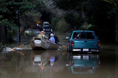 russian river flooding guerneville california