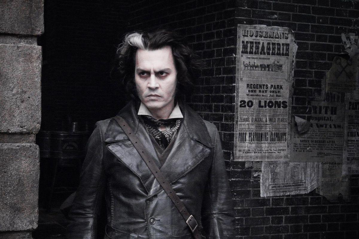02 Sweeney Todd- The Demon Barber of Fleet Street