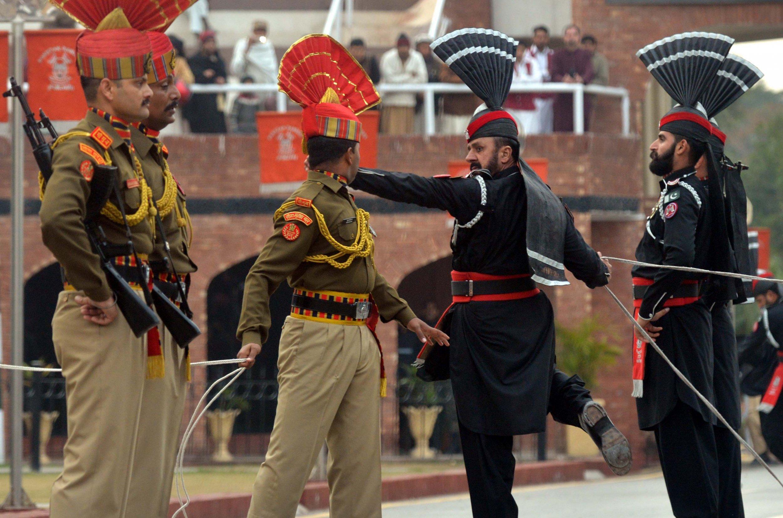 India, Pakistan, border, conflict, war, troops