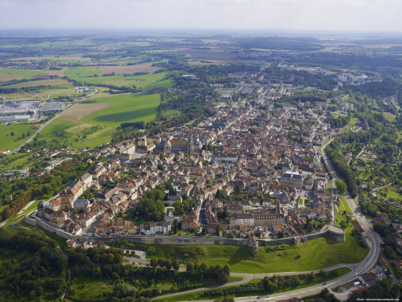 Denis Diderot's France 1 - LANGRES - AERIAL VIEW