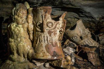 ancient maya ritual cave
