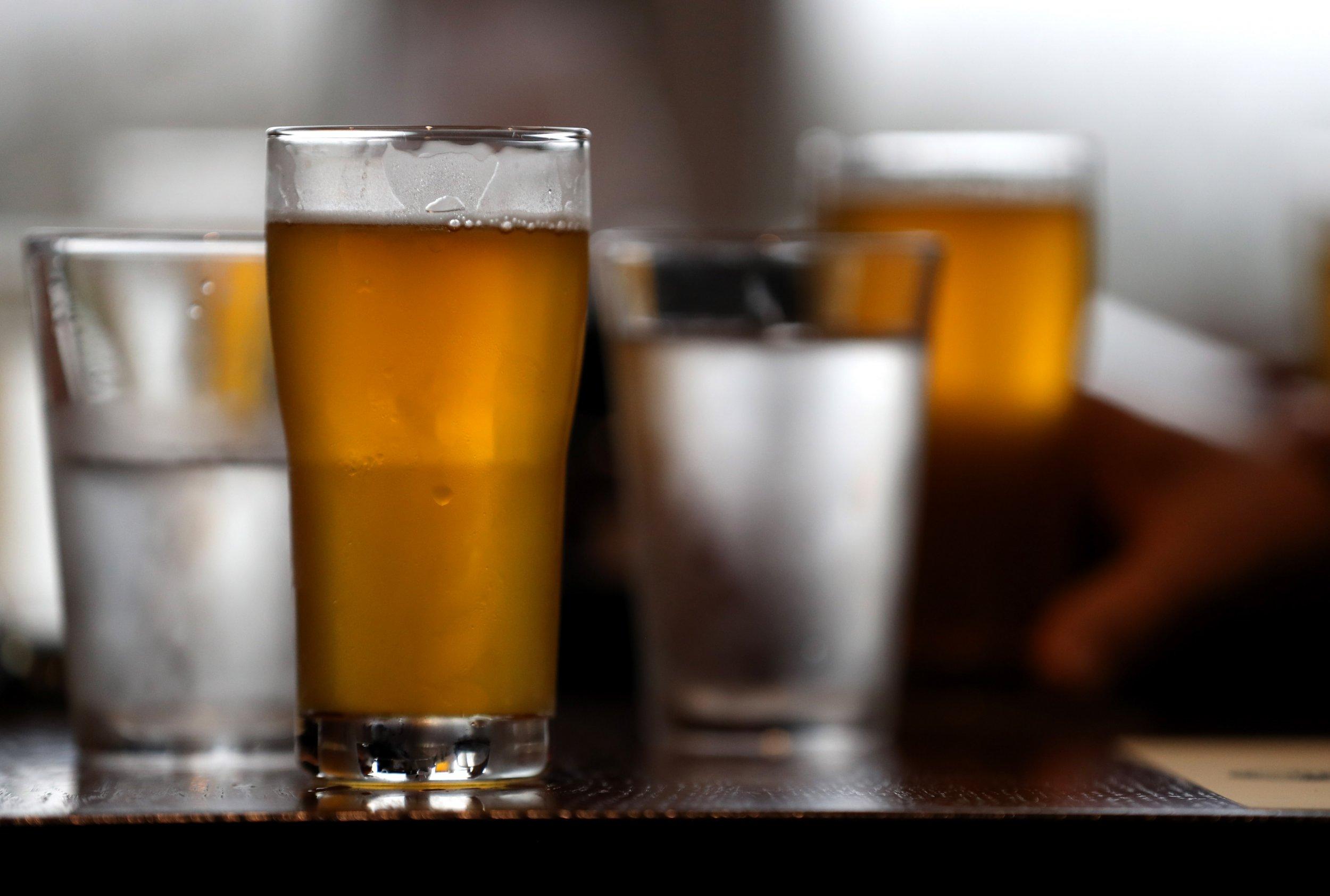 beer, glass, yeast
