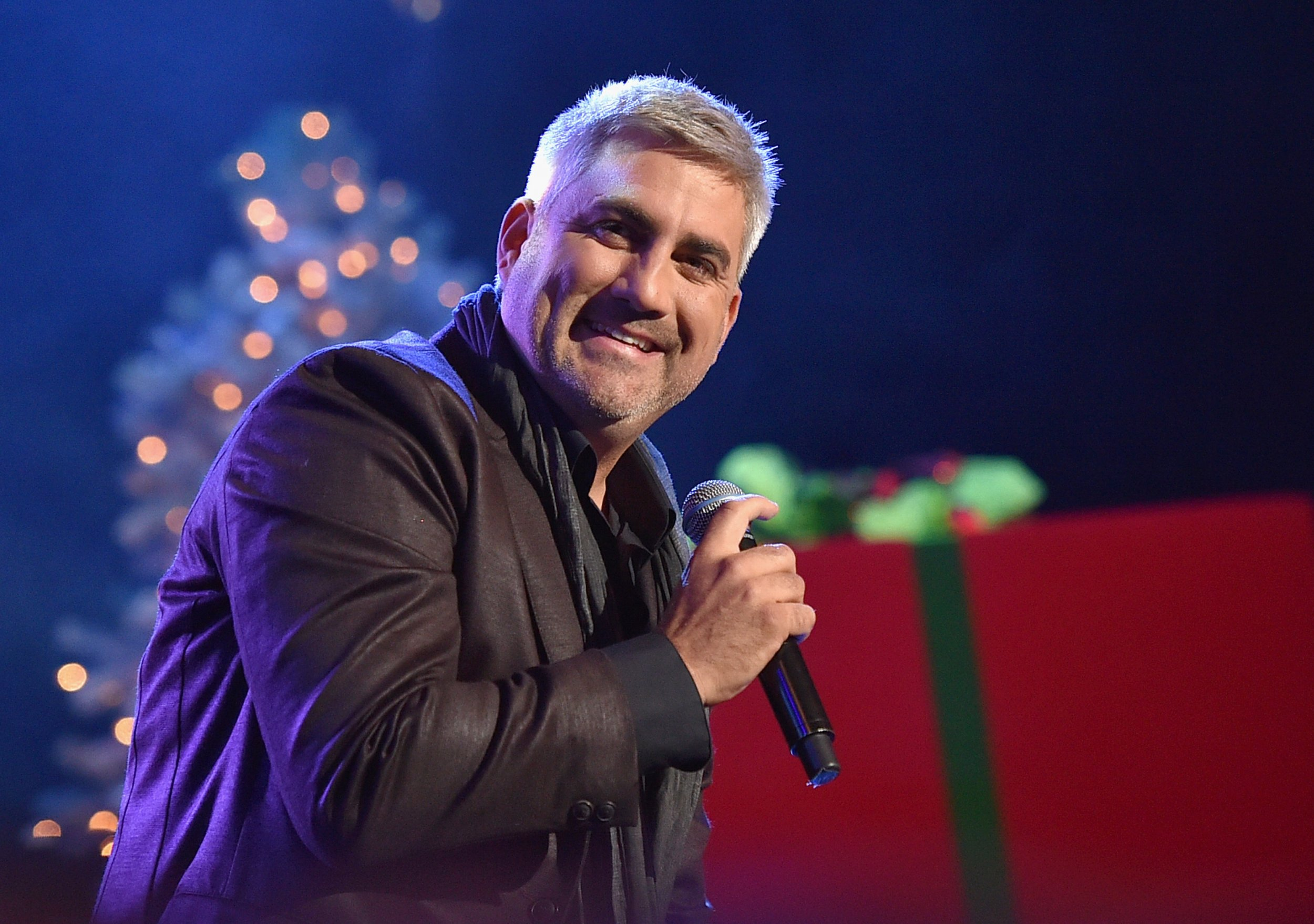 Where Are Previous 'American Idol' Winners Now? – Taylor Hicks