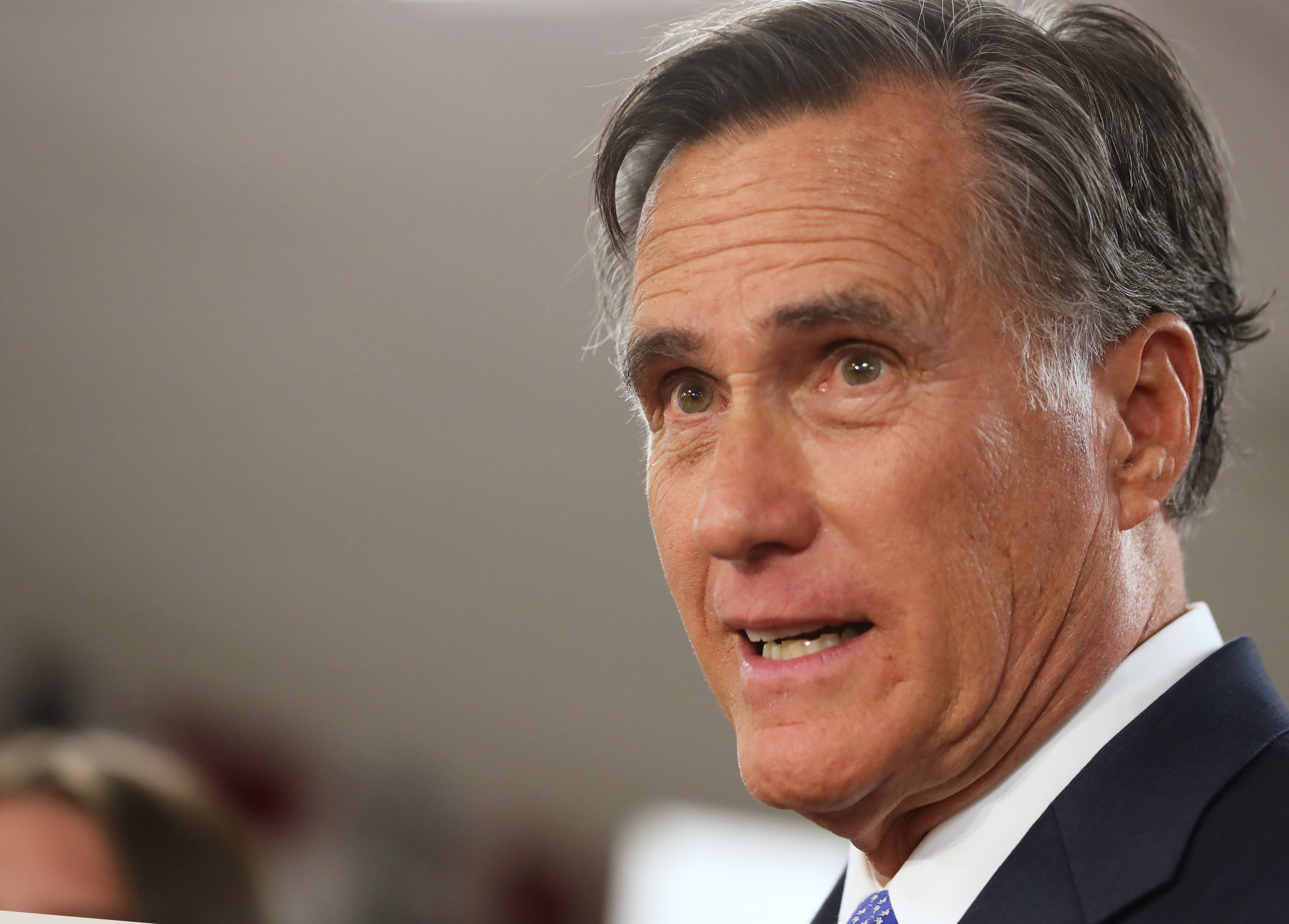 mitt romney birthday blows out candles