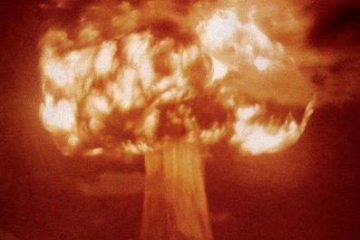 atom-bomb-trinity-test-crop