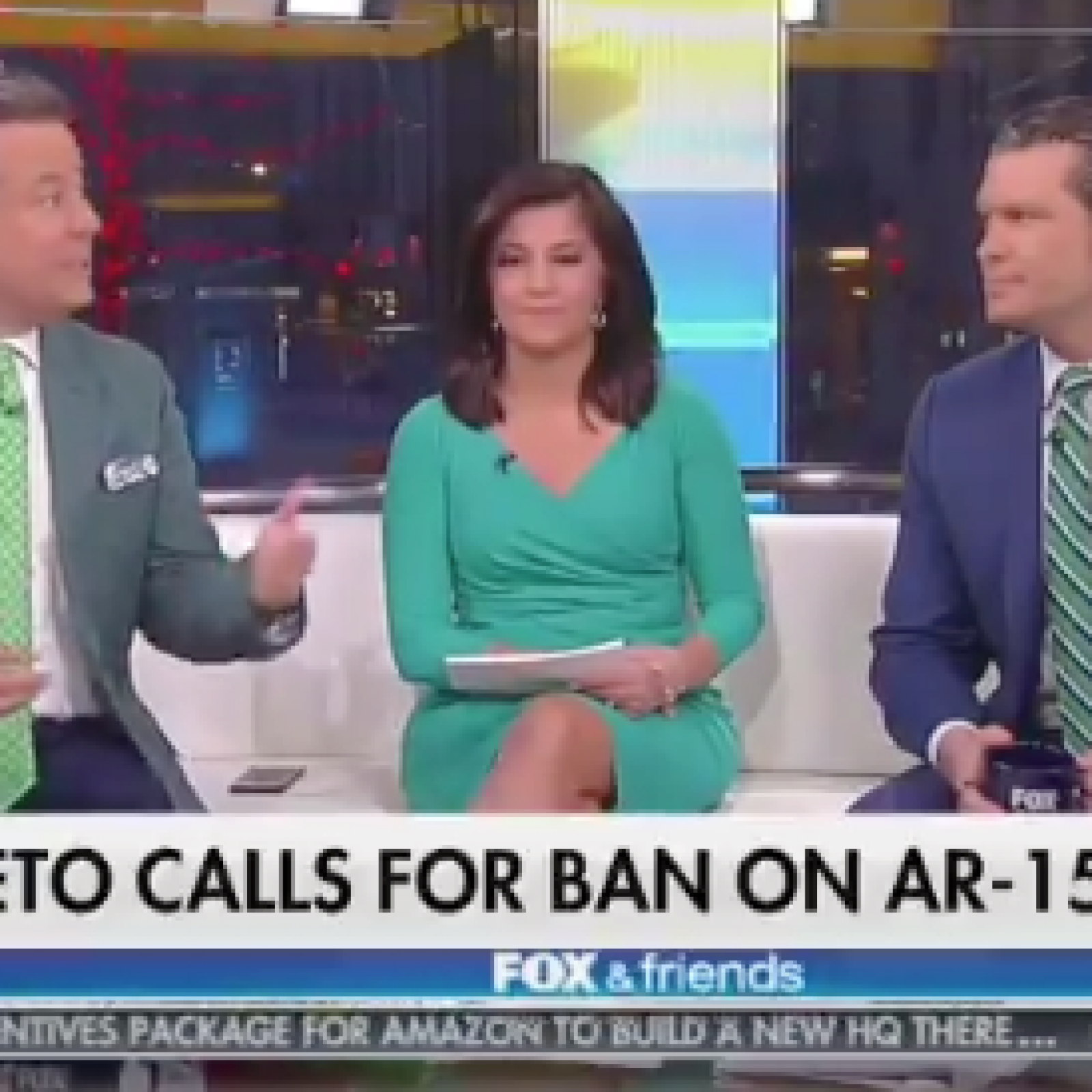 Fox News Host Urges Viewers to Stock up on AR-15s After Beto O