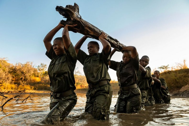 16 4585_13335_BrentStirton_SouthAfrica_Professional_DocumentaryProfessional_2019