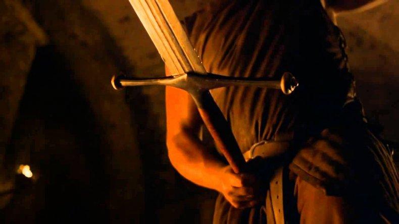 game-of-thrones-valyrian-steel-sword-ice
