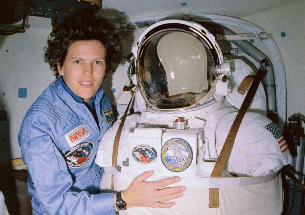 Kathy Sullivan with spacesuit