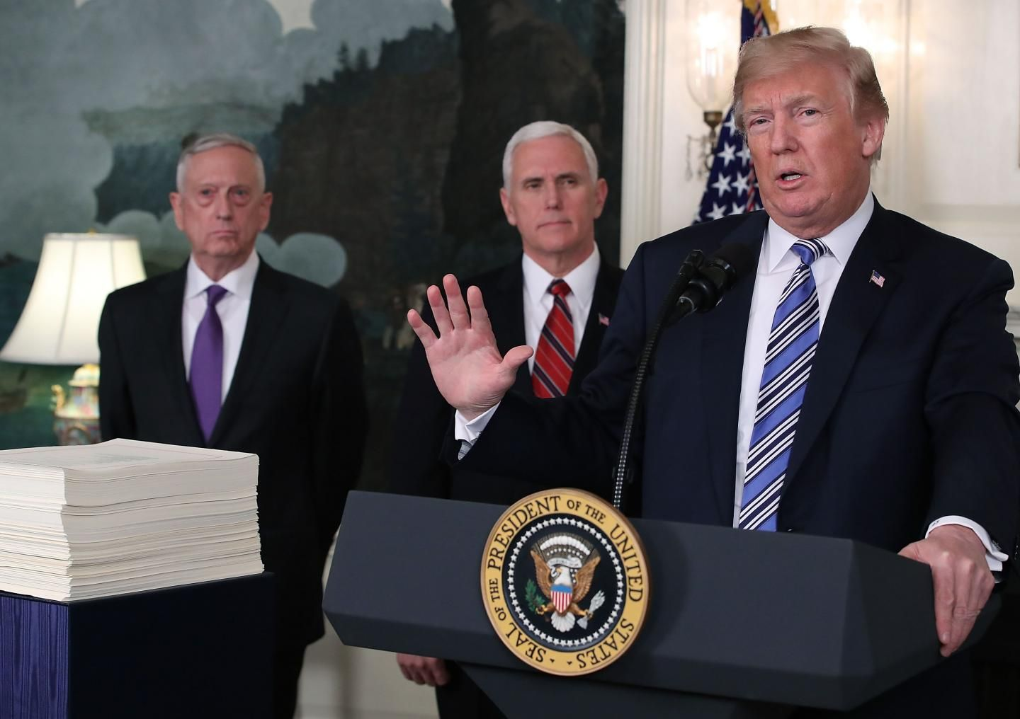 Federal, pay, raise, update, 2019, new, gs, pay, scale, tables, trump, signs, executive, order, when, will, increase, go, into, effect, retroactive, january, 1