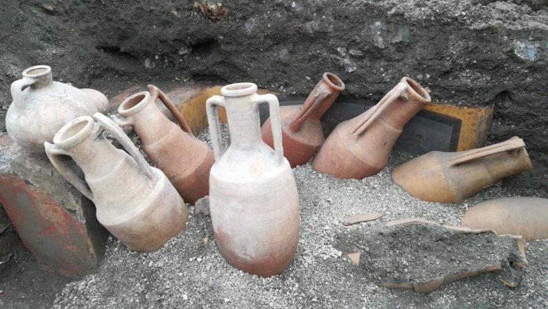 Pompeii, Snack Bar 2