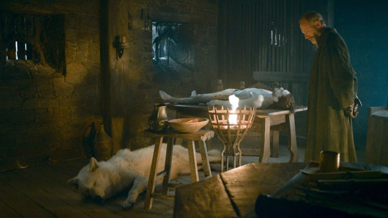 game-of-thrones-direwolves-ghost