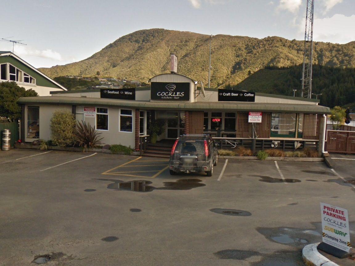 cruise ship New Zealand cafe assault