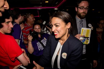 Alexandria Ocasio-Cortez, warns, Trump, guy, underestimated, lost