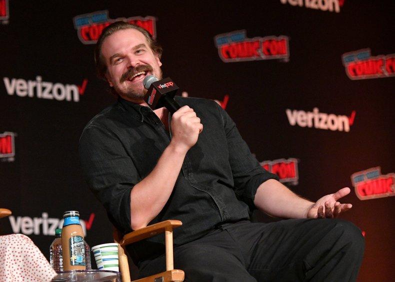 'Stranger Things' Star David Harbour Joins Scarlett Johansson in Marvel's 'Black Widow' Movie Cast