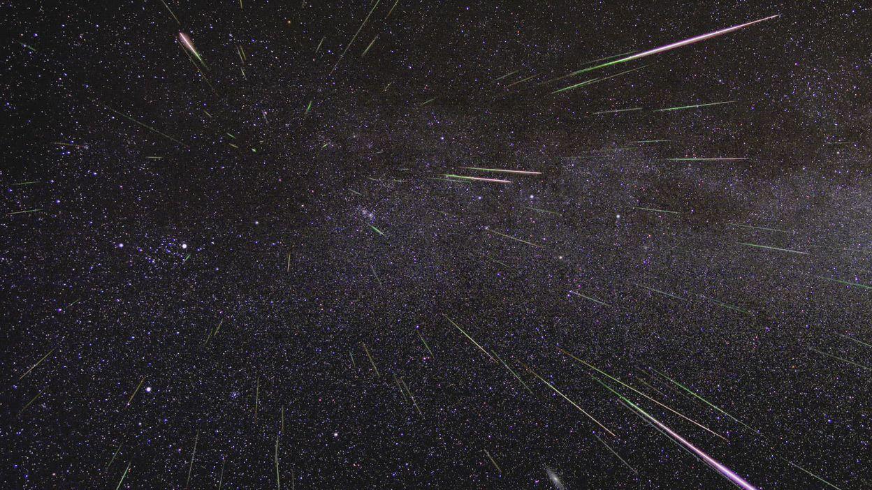 geminid meteor sky green