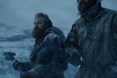 game-of-thrones-season-8-dragonglass-axe-tormund