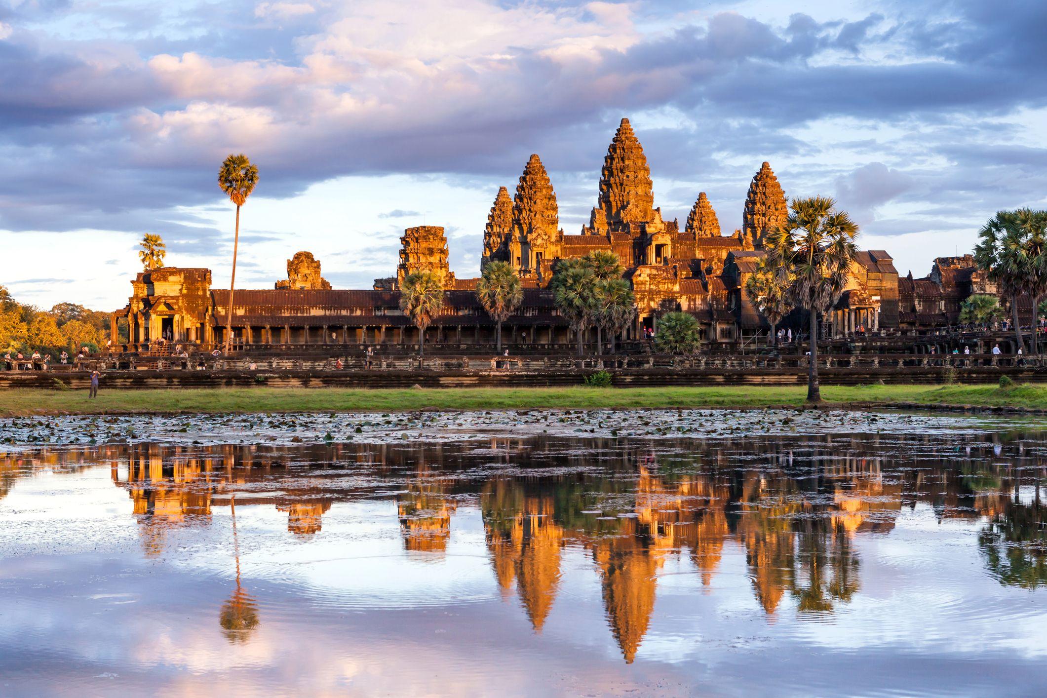 Angkor Wat travel tourism cambodia