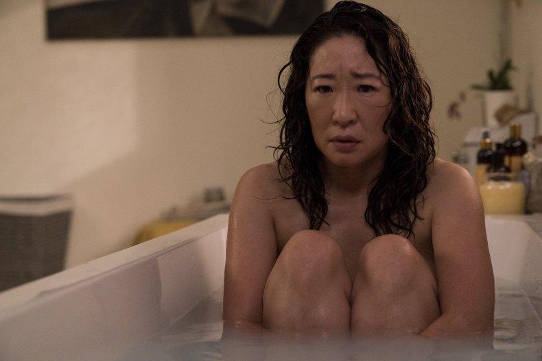killing eve s2e1 eve bathtub