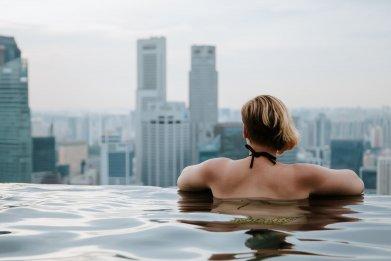 singapore mandalay infinity pool