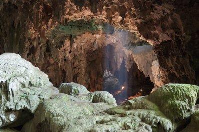 Luzon cave