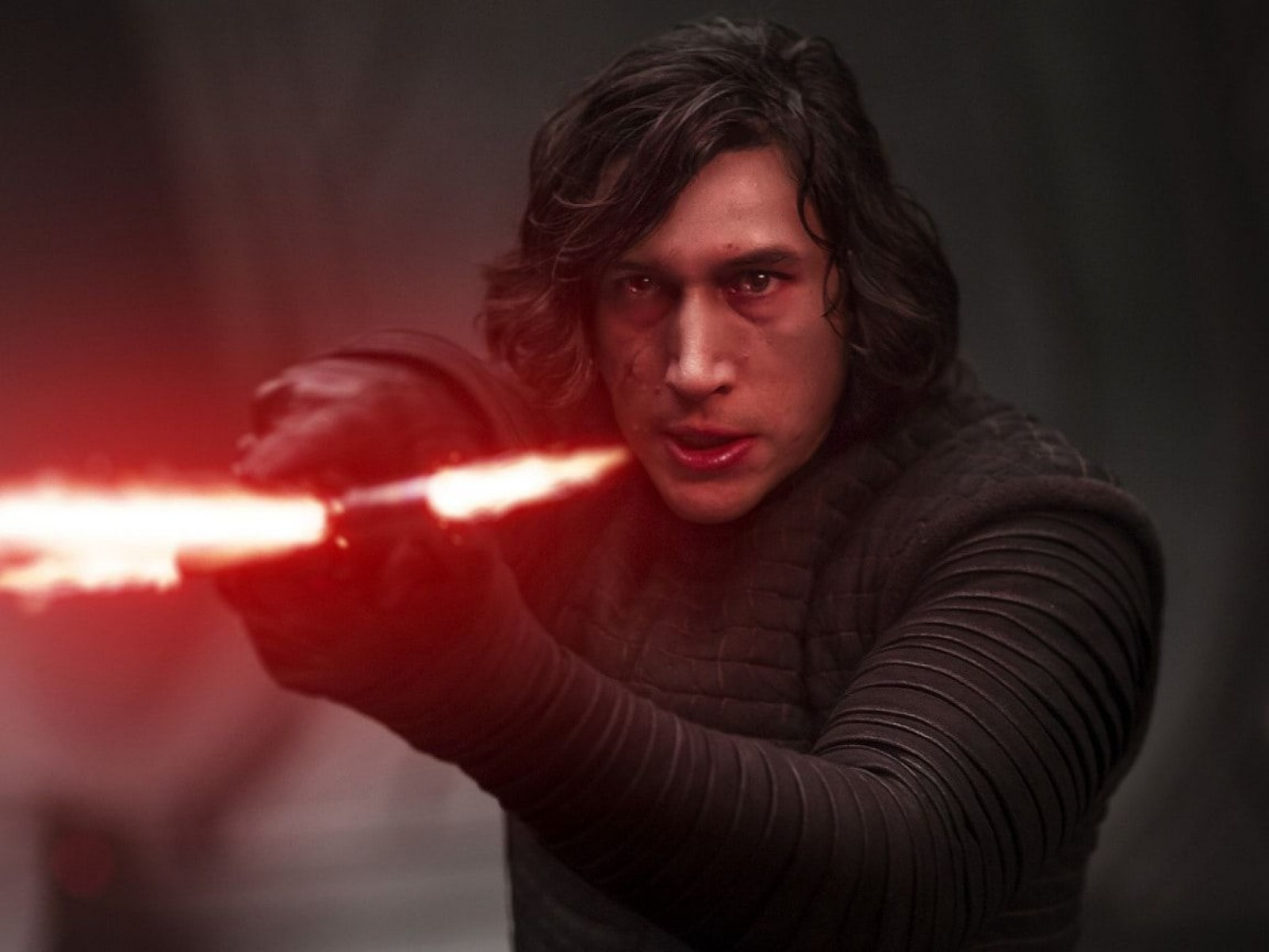 Star Wars The Rise Of Skywalker Adam Driver Downplays Talk Of Rey Kylo Romance