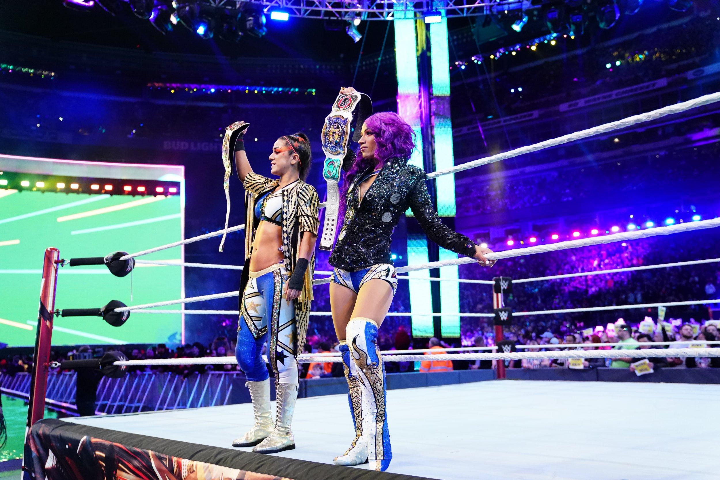 bayley and sasha banks wrestlemania 35