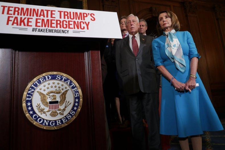 Nancy Pelosi, San Francisco, Donald Trump, transport migrants
