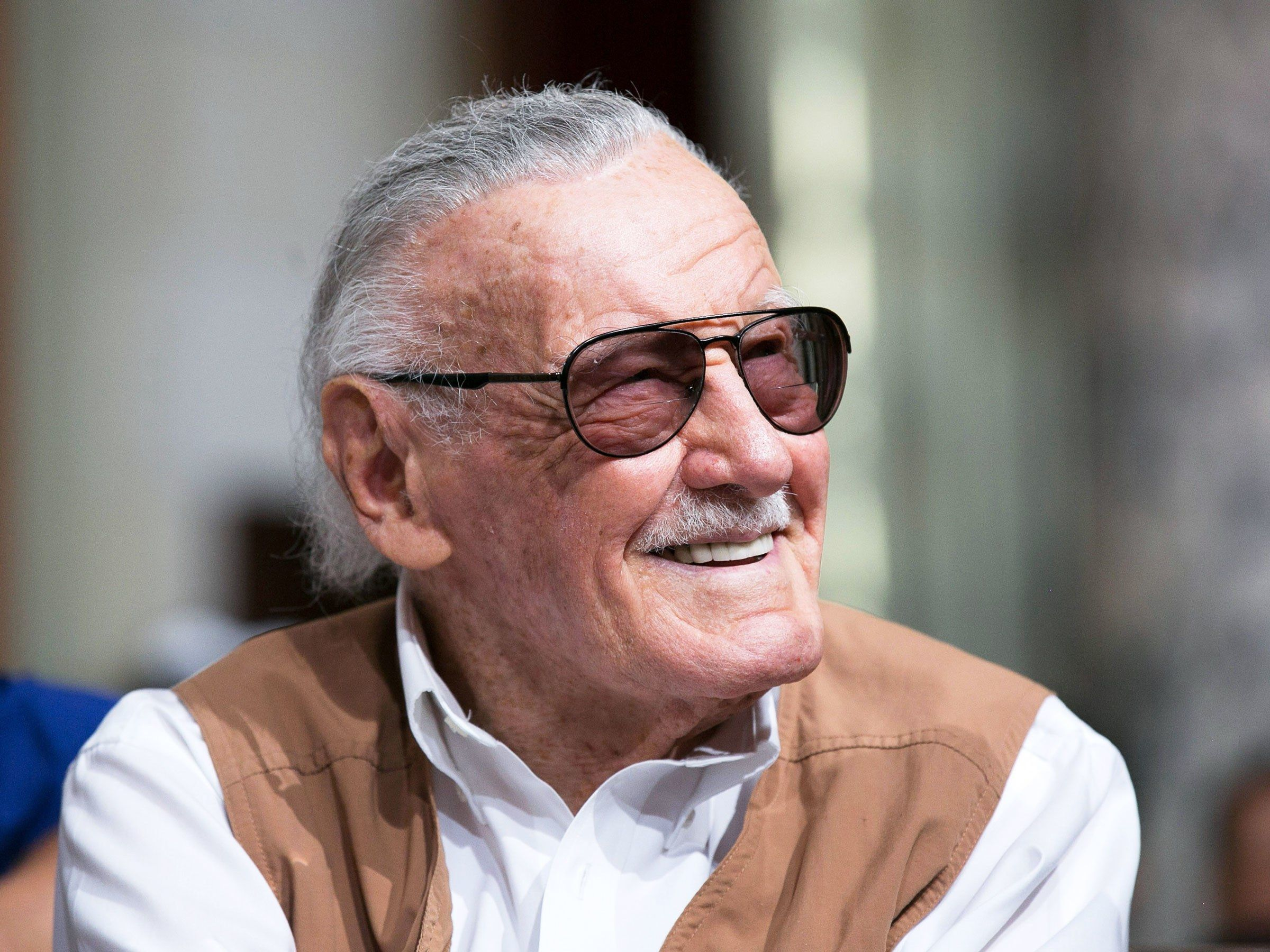 stan lee avengers engame cameo feature