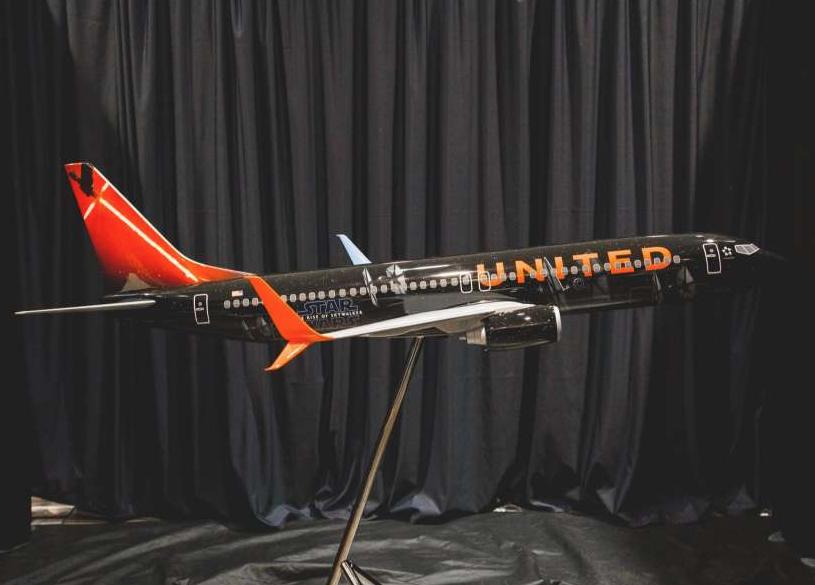 United Airlines Star Wars Rise of Skywalker