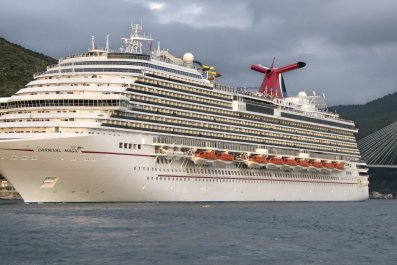Carnival Magic Cruise delay stuck dockside