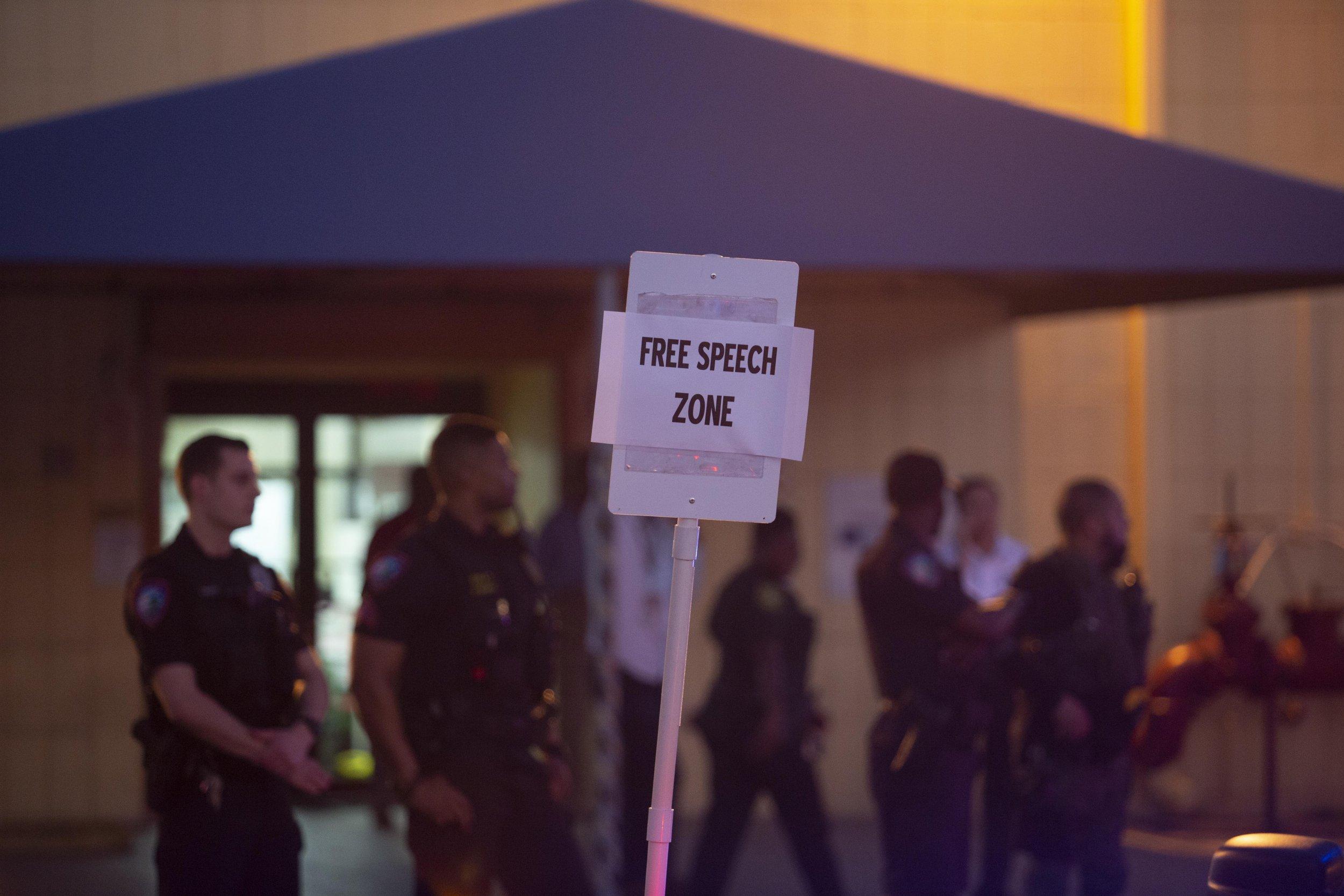 governor ron desantis free speech college campus