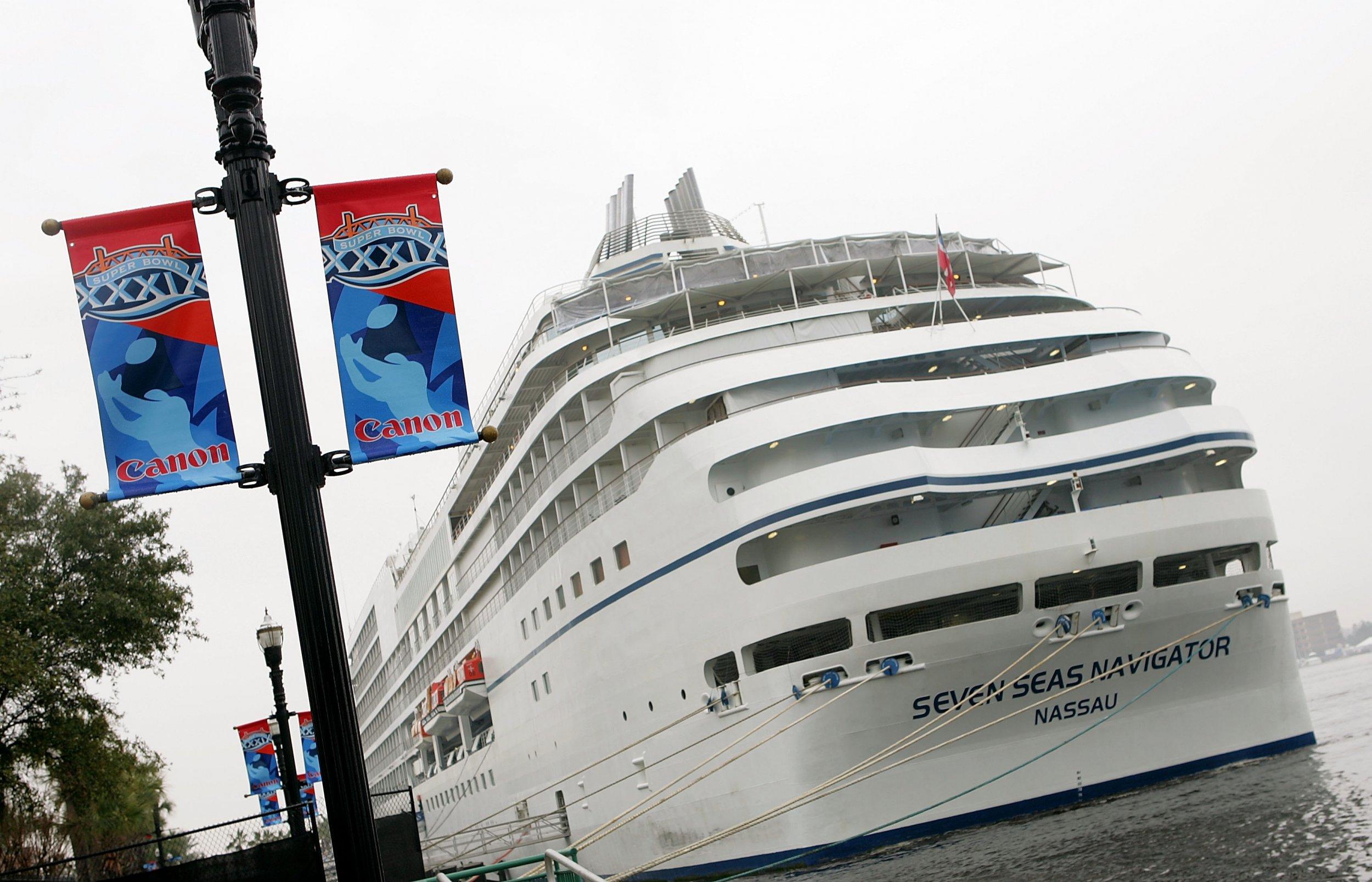 cruise ship passenger evacuation seven seas navigator