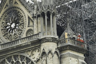 Notre-Dame-Fire-Restoration-Rebuilt-Authentic-1137471453