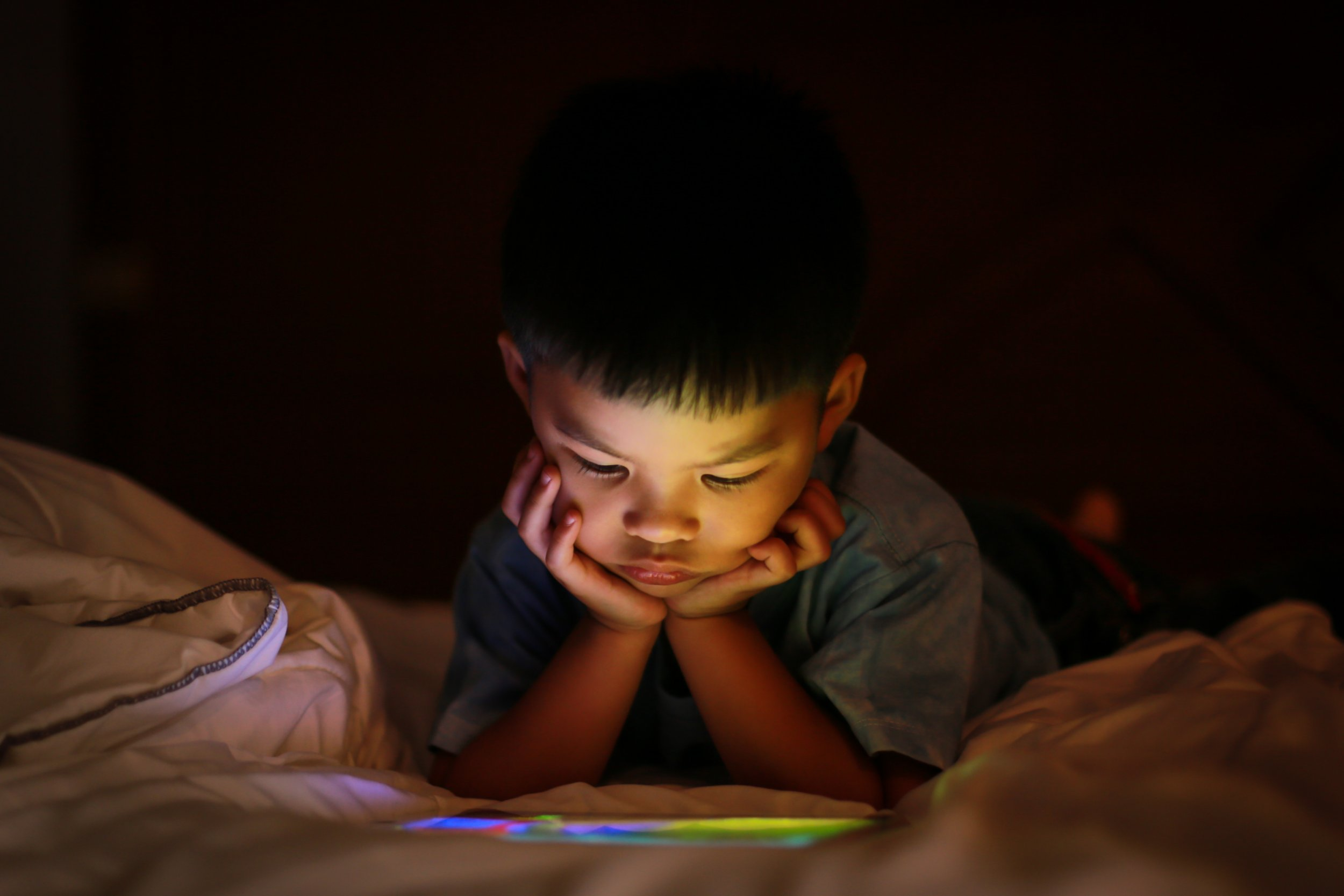screen time child stock getty