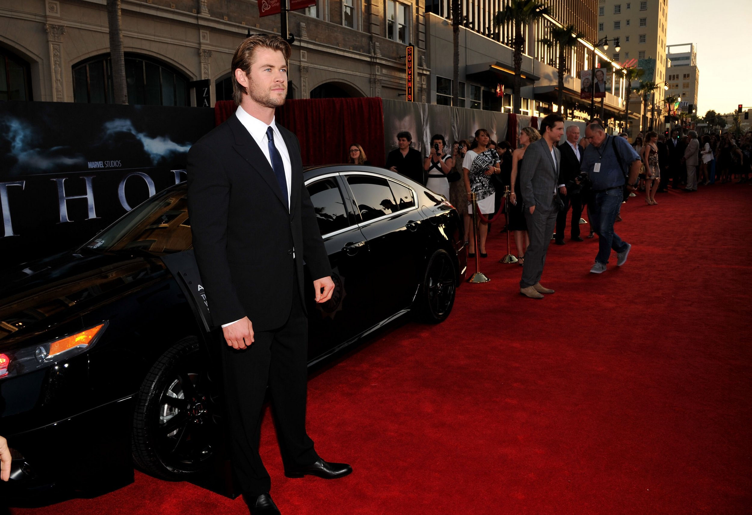 Chris Hemsworth Thor Avengers Endgame Premiere