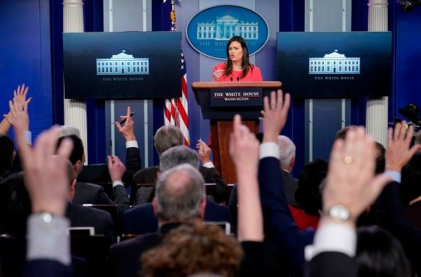 sarah sanders wh press briefing