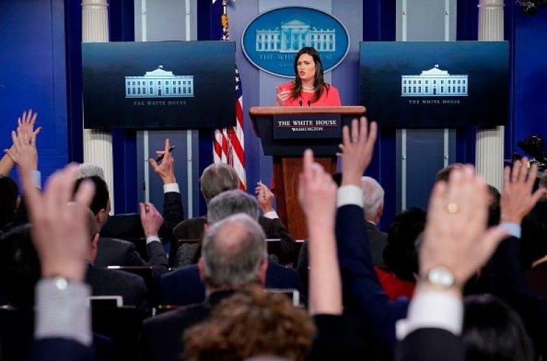 sarah sanders wh press briefing