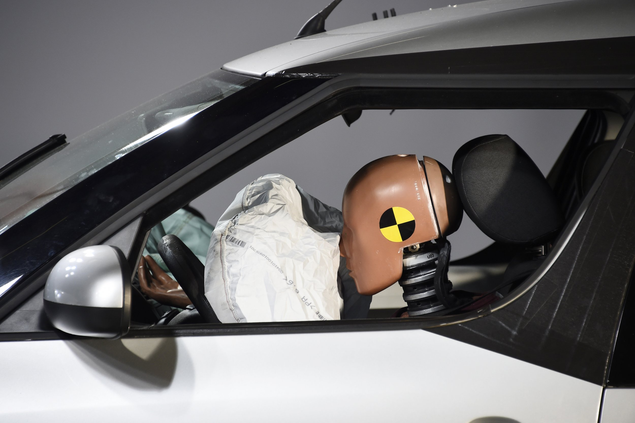 air bag test recall investigation
