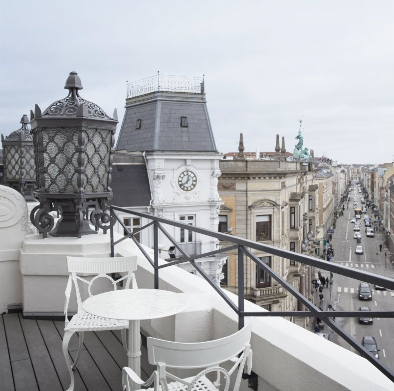 Anders Ruggiero at d'Angleterre Hotel