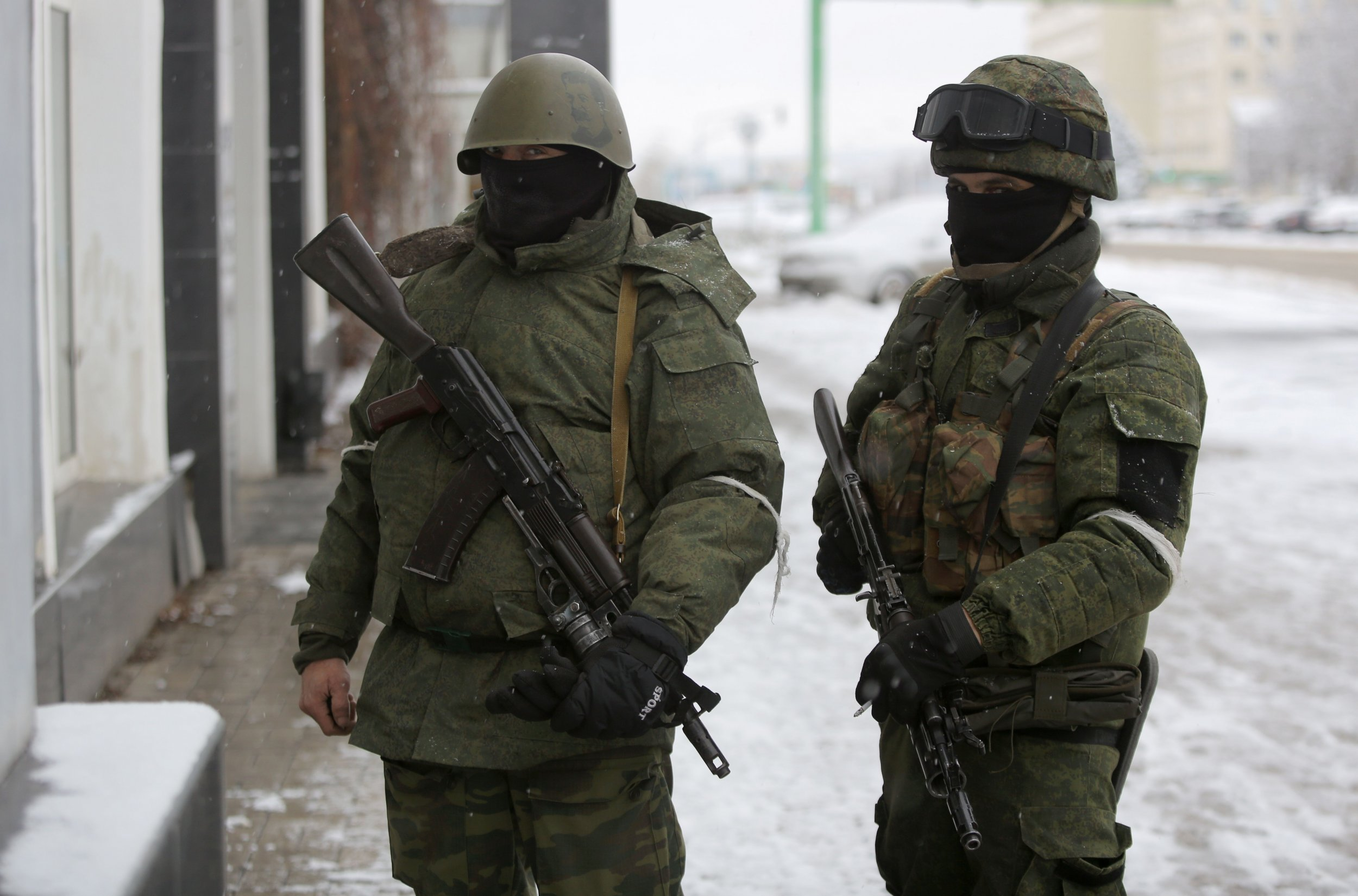 Russia Ukraine Putin passports separatists rebels