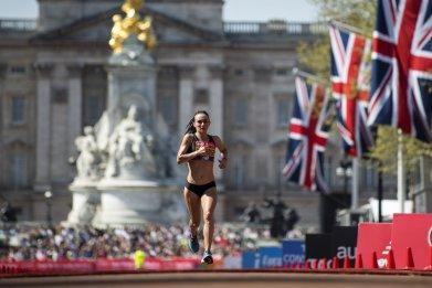 london marathon watch live when