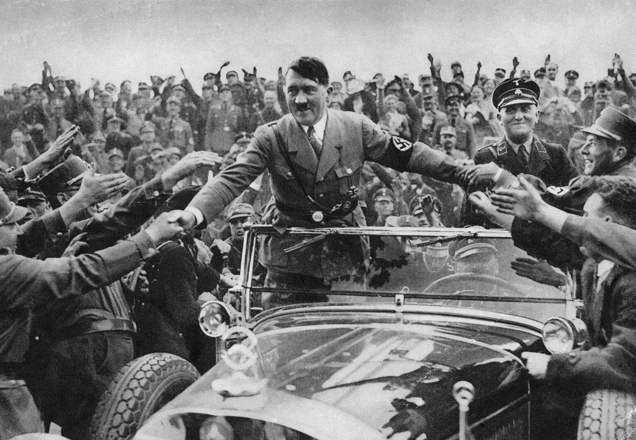 adolf hitler in crowd