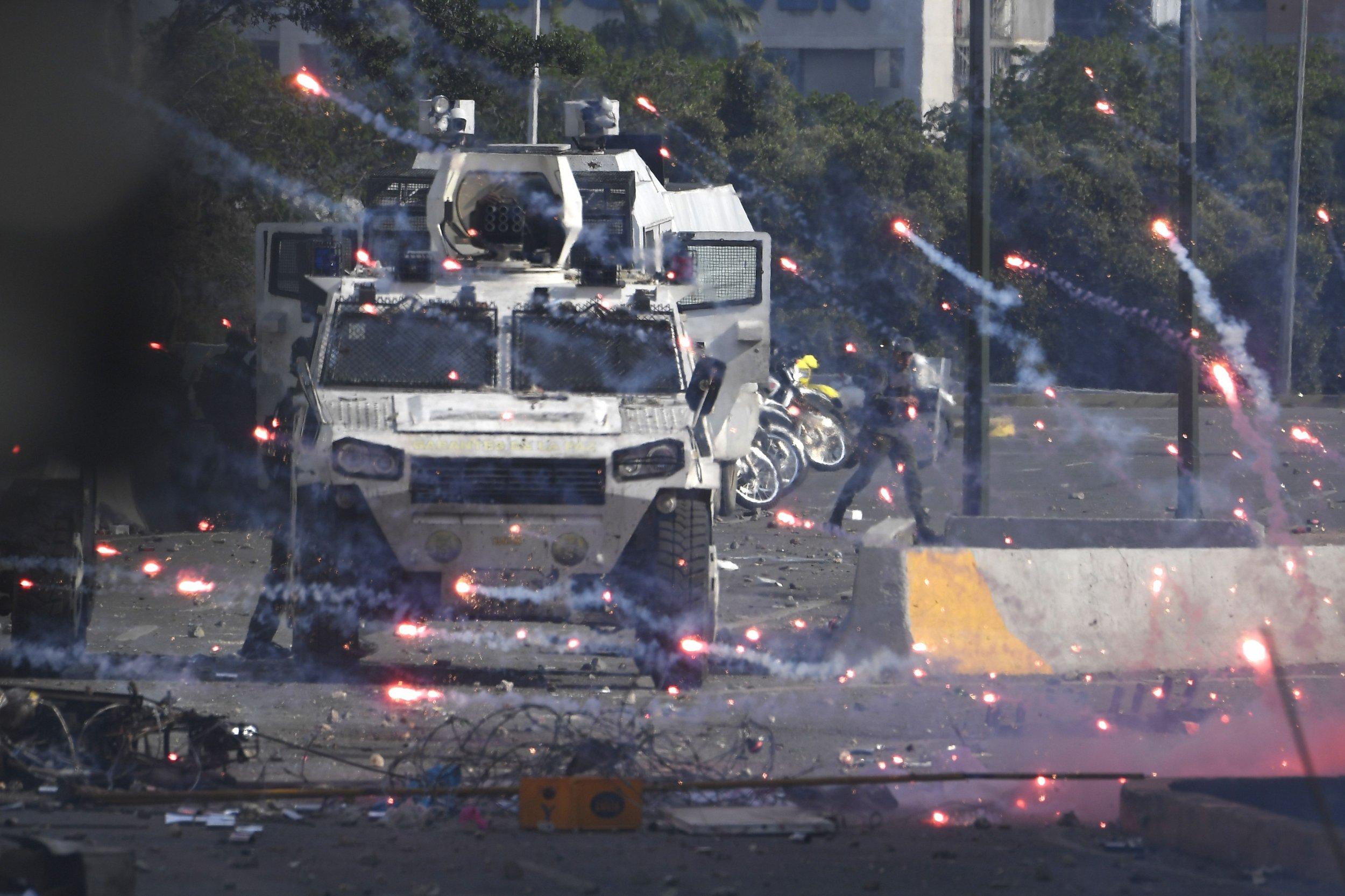 venezuela chaos bernie sanders alexandria ocasio-cortez kevin mccarthy