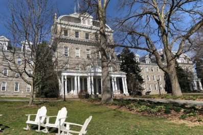 swarthmore college fraternities disband phi psi